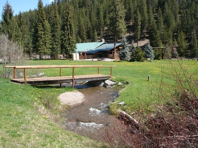 7000 Graves Creek Road, Lolo, MT 59847