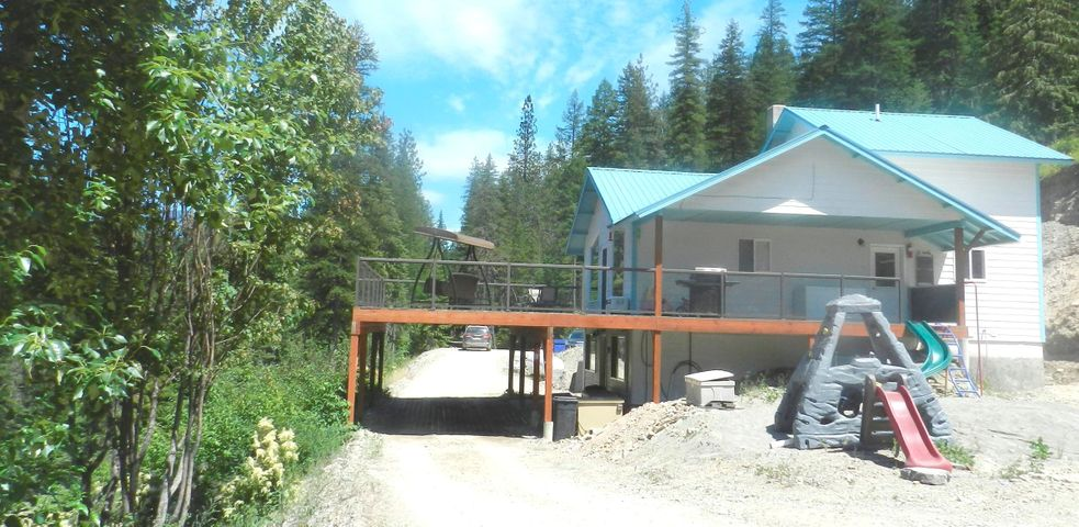 57 Hope Valley Road, Trout Creek, MT 59874