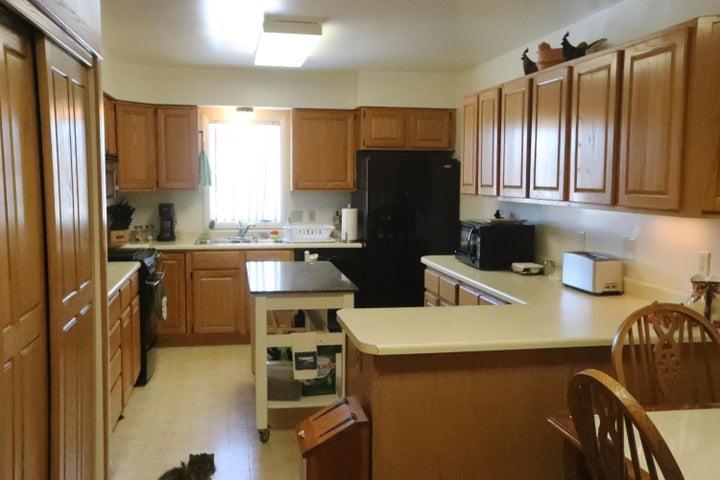 130 4th Avenue S E, White Sulphur Springs, MT 59645