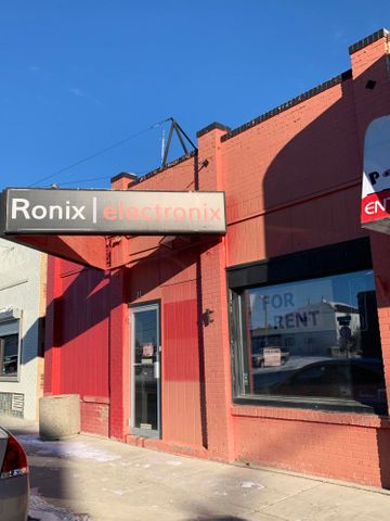 21 W Main Street, Cut Bank, MT 59427