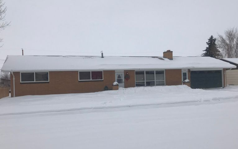 414 8th Avenue S, Cut Bank, MT 59427