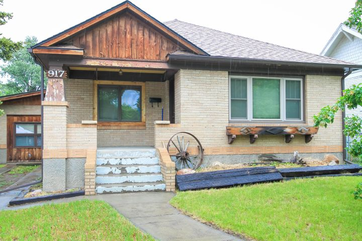 917 7th Avenue N, Great Falls, MT 59401