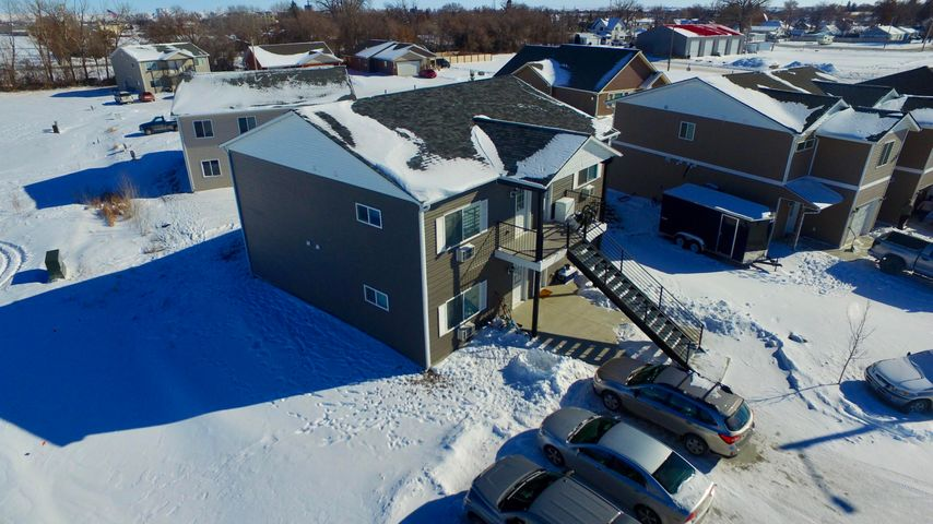 323 7th Avenue N W, Sidney, MT 59270