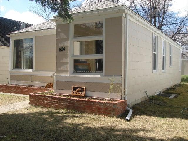 604 Wisconsin Street S, Conrad, MT 59425