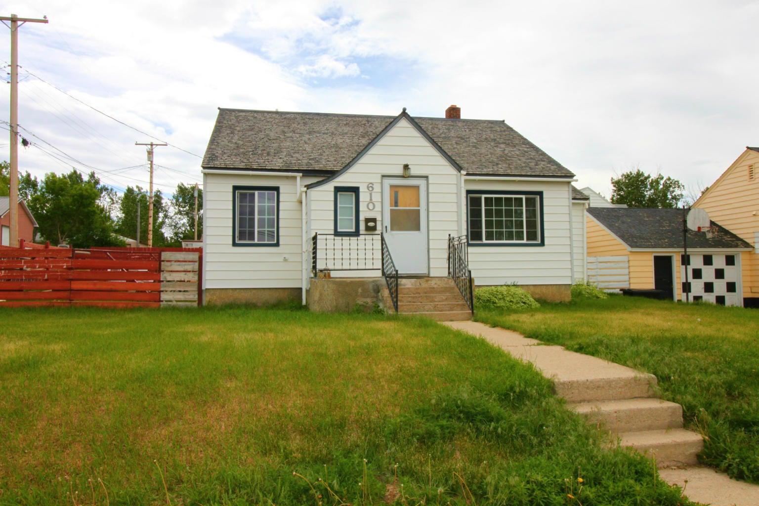 610 1st Street S E, Cut Bank, MT 59427