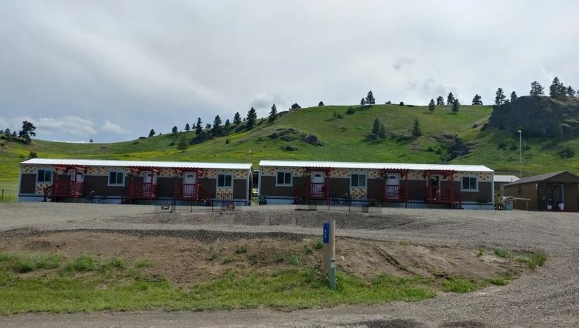 62 Bluebird Drive (Motel+Land), Cascade, MT 59421