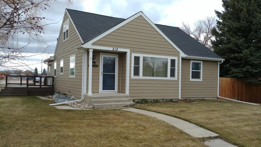 210 7th Avenue N W, Choteau, MT 59422