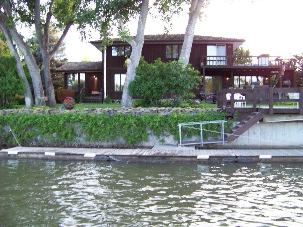 401 Park Garden Road, Great Falls, MT 59404