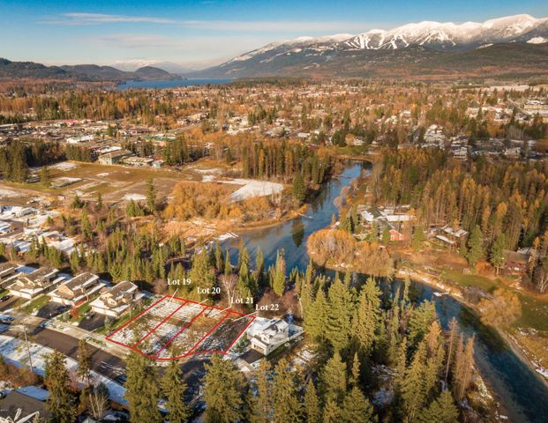 740-742 Spruce Court, Whitefish, MT 59937