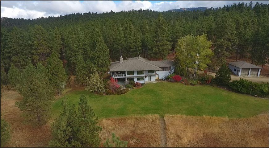 963 Little Willow Creek Road, Corvallis, MT 59828