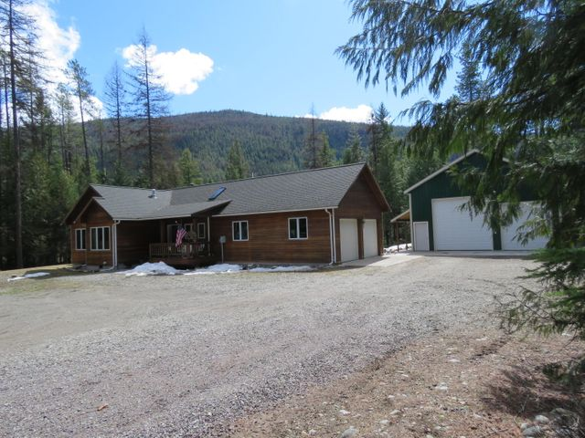 8484 Yaak River Road, Yaak, MT 59935