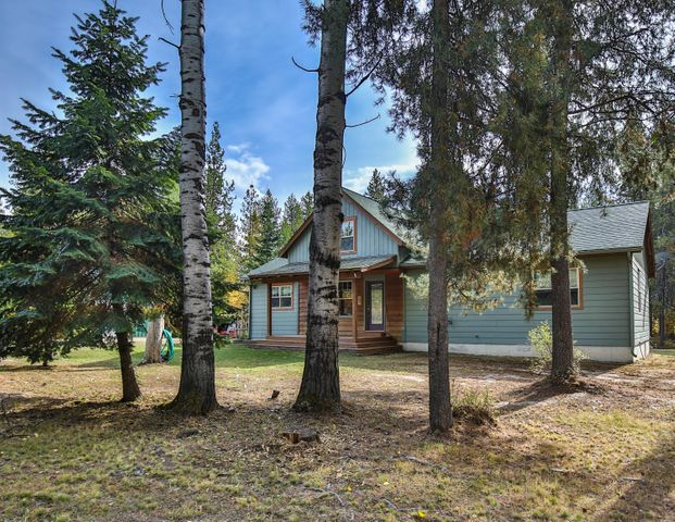 22 Pinewoods Drive, Trout Creek, MT 59874