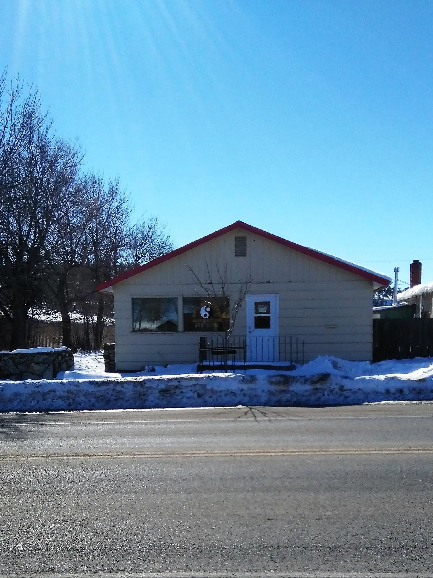 20 1st Avenue Avenue W, Roundup, MT 59072