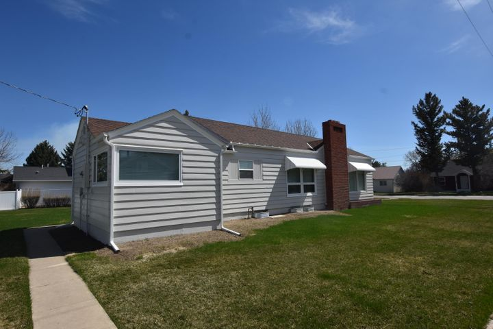 403 2nd Avenue N, Fairfield, MT 59436