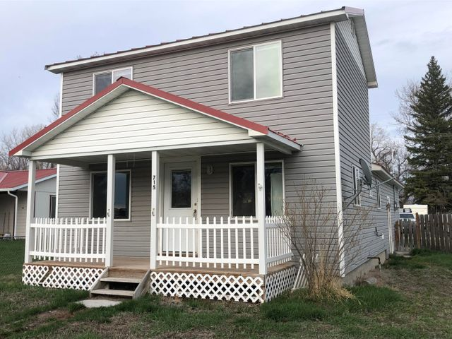 715 10th Avenue N W, Choteau, MT 59422