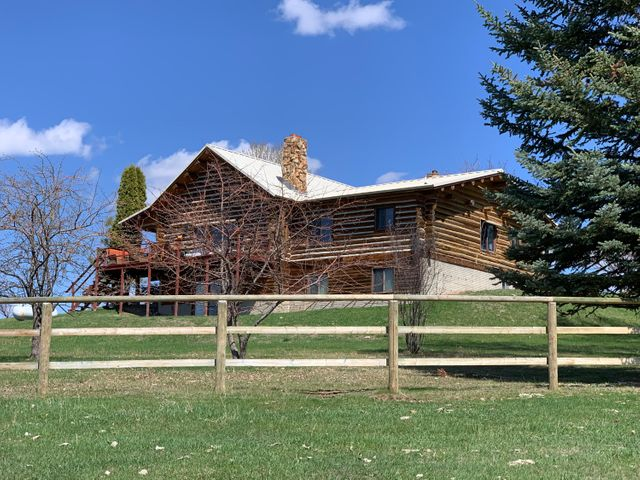 939 Willoughby Lane, Stevensville, MT 59870