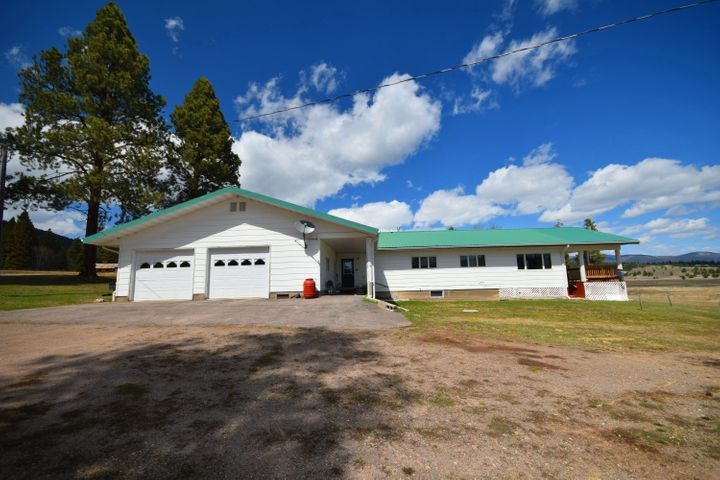 1349 Lone Point Drive, Lincoln, MT 59639