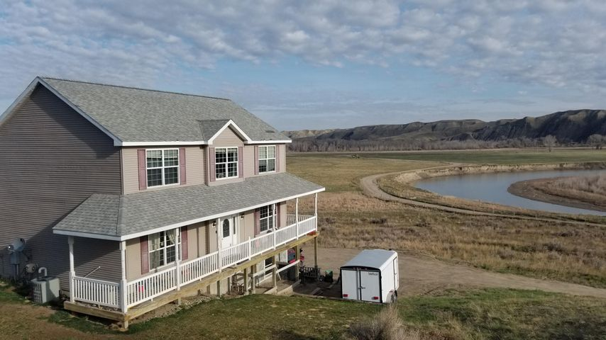 32 Marias Acres Road, Shelby, MT 59474