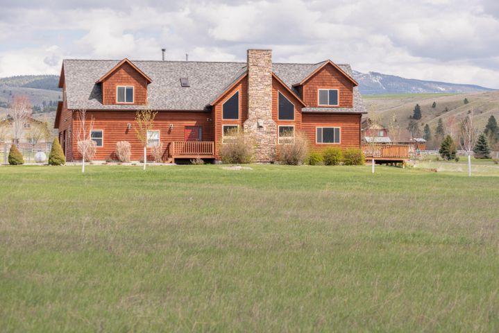 5624 Fairview Lane, Florence, MT 59833
