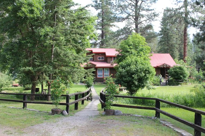 20 Buffalo Meadows Lane, Thompson Falls, MT 59873