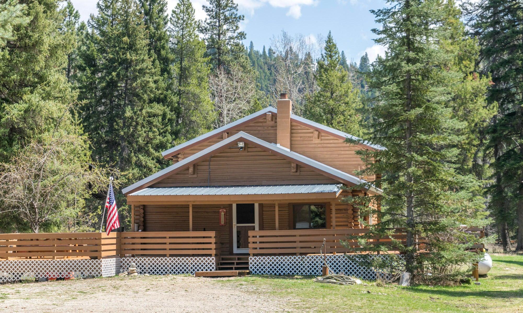 7013 Bear Hollow Court, Darby, MT 59829
