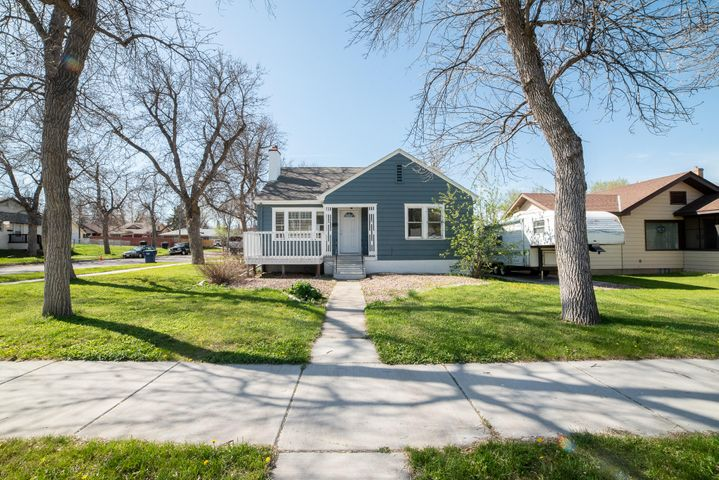 1524 5th Avenue N, Great Falls, MT 59401