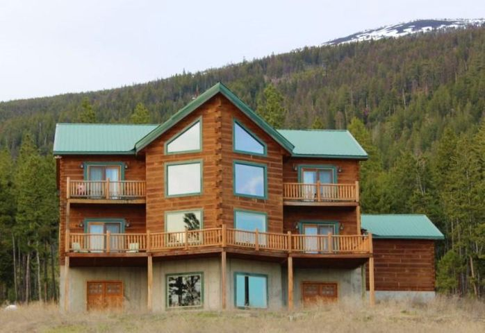 200 Labrador Lane, Plains, MT 59859