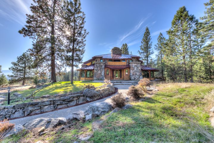 303 S Kootenai Creek Road, Stevensville, MT 59870