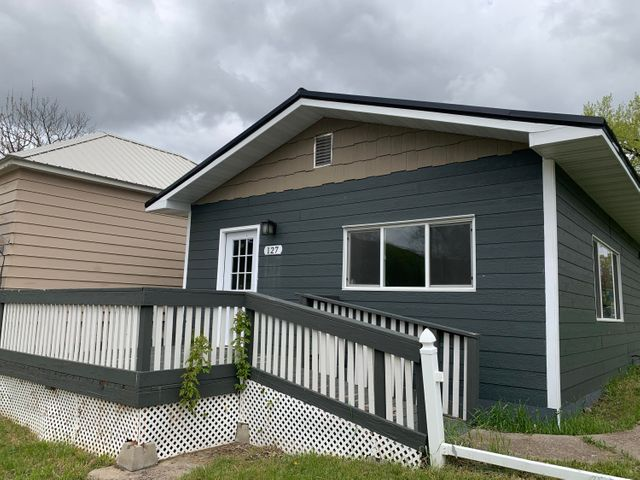 127 4th Avenue S, Belt, MT 59412