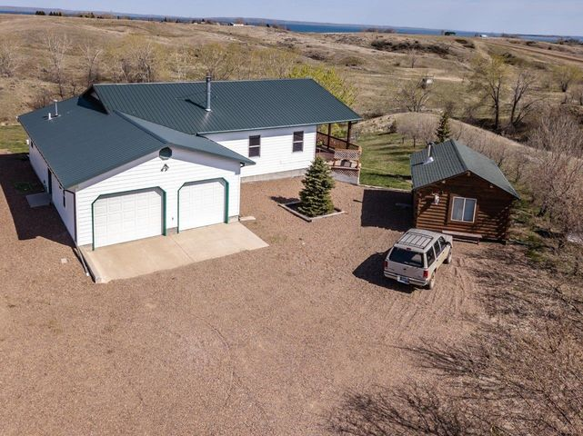 101 Quail Drive E, Fort Peck, MT 59223