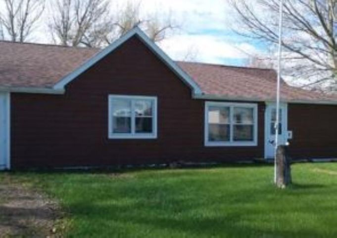 410 Alice Avenue, Wibaux, MT 59353