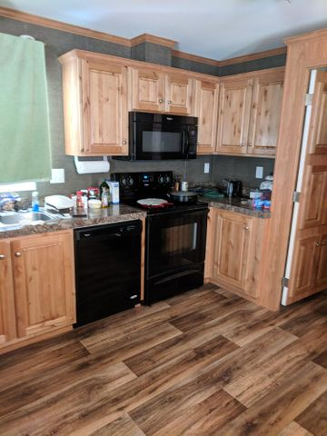129 3rd Avenue S, Hungry Horse, MT 59919