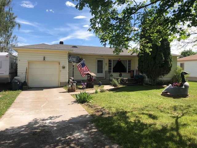 308 6th Avenue E, Polson, MT 59860