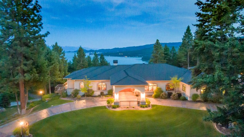 210 Deer Trail, Somers, MT 59932