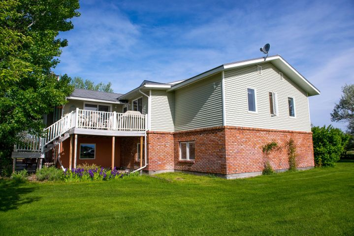 310 Alfalfa Road, Helena, MT 59602