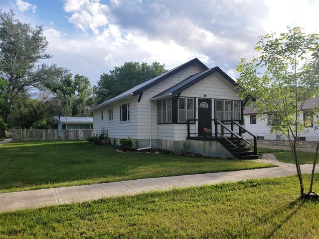 1100 17th Street, Fort Benton, MT 59442