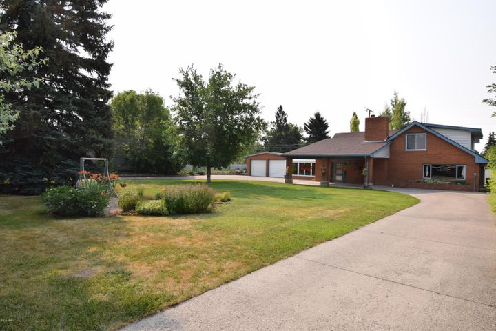 3208 2nd Avenue S, Great Falls, MT 59405