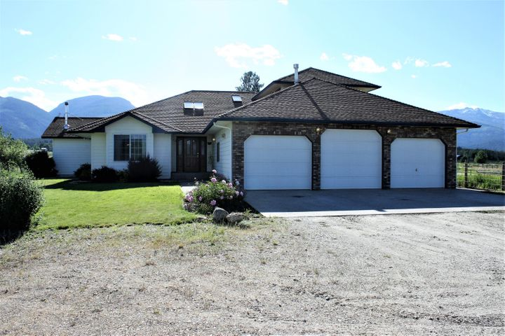 405 Moose Hollow Road, Victor, MT 59875