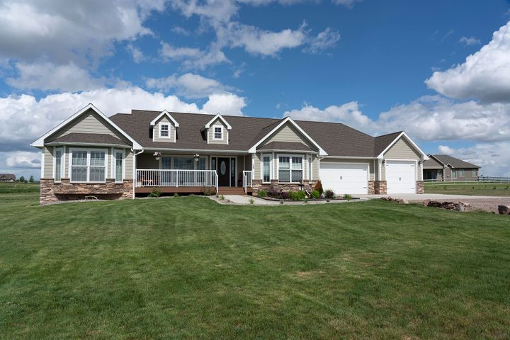 10 Cobblestone Lane, Great Falls, MT 59405