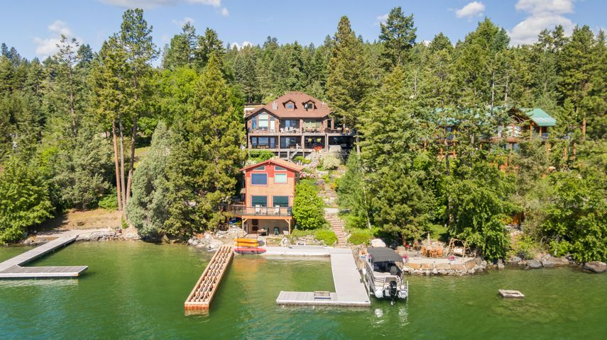43 Larchwood Lane, Lakeside, MT 59922