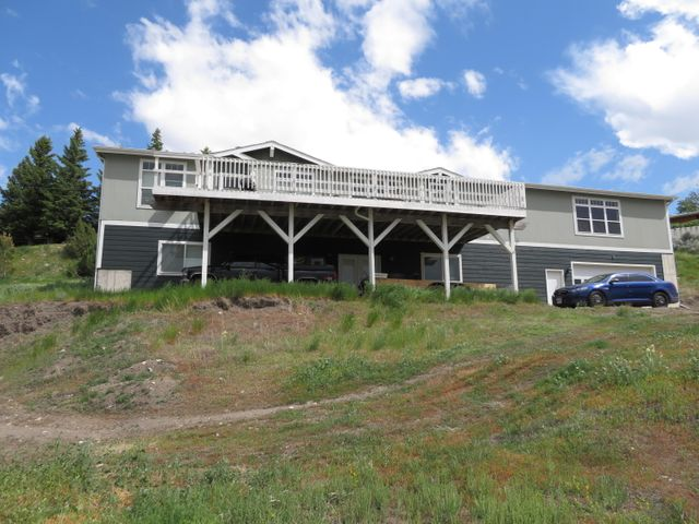 102 12th Avenue S, Shelby, MT 59474