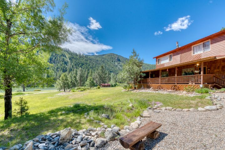 7083 Nez Perce Road, Darby, MT 59829