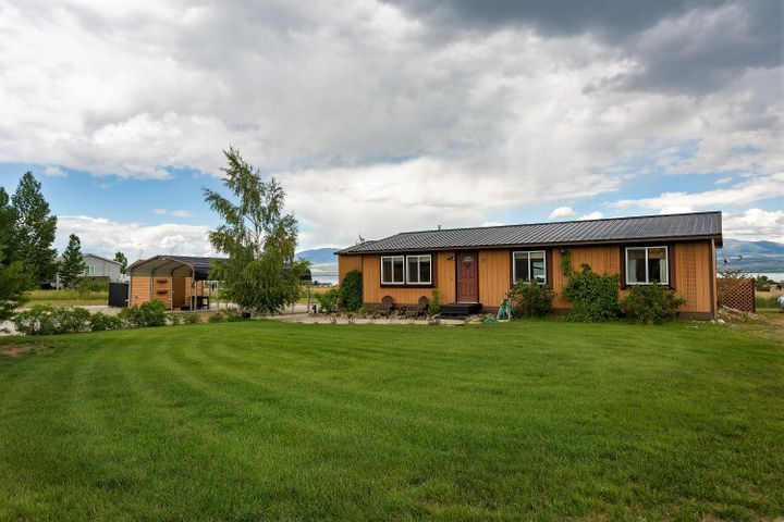 13 Strawberry Drive, Townsend, MT 59644