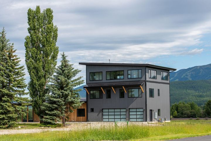 465 Armory Road, Whitefish, MT 59937