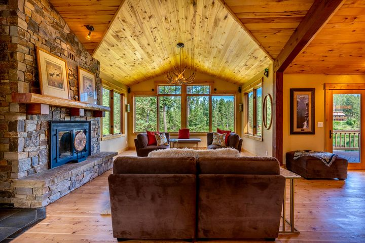 685 Parker Lakes Road, Bigfork, MT 59911