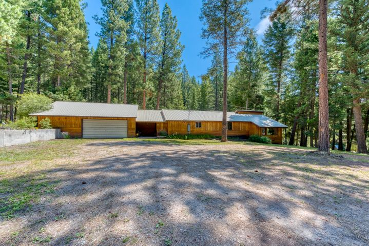 208 Christisen South Road, Darby, MT 59829