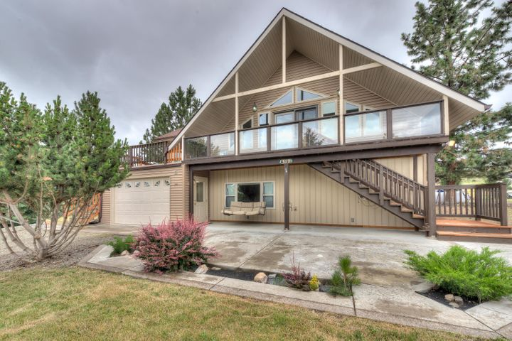 319 N Charlot Street, Hot Springs, MT 59845