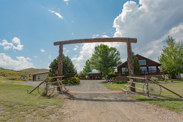 200 River Road, Townsend, MT 59644