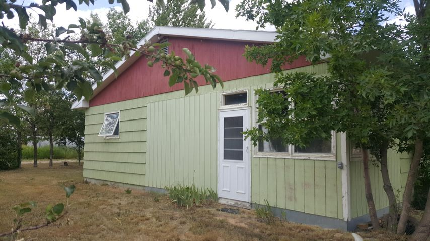 270 Central Avenue, Sweet Grass, MT 59484