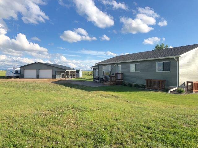350 Hastings Road, Sand Coulee, MT 59472